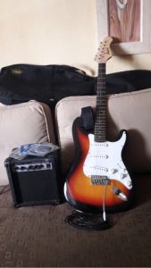 Reviews de mil anuncios guitarras electricas para comprar por Internet